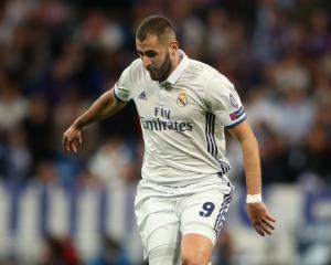Real Madrid come from behind to take upper hand against Napoli