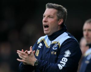 Neil Harris urges Millwall to draw on play-off experience to see off Bradford