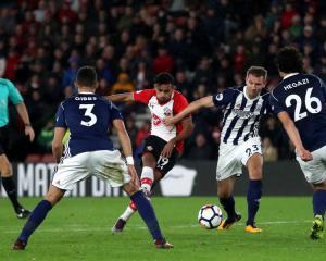 Sofiane Boufal grabs late winner for Southampton against West Brom