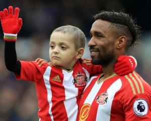 Jermain Defoe to be guest of honour at Bradley Lowery
