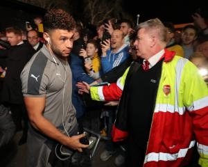 Alex Oxlade-Chamberlain satisfied as Arsenal avoid FA Cup shock at Sutton