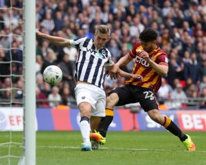 Steve Morison on the money to fire Millwall back to the Championship