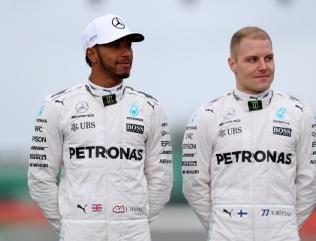 Mercedes boss Toto Wolff aware Lewis Hamilton gesture could cost him the title