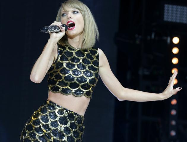 COTA: Formula One 2016 Is On, Now With More Taylor Swift