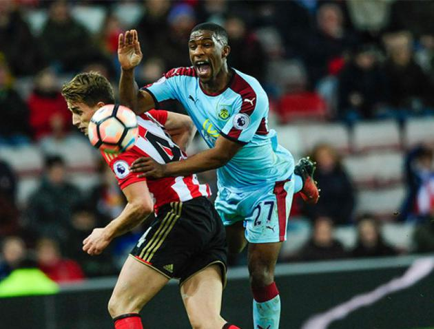 West Ham give up on signing Defoe