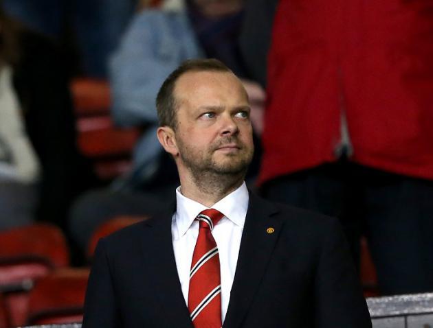 Manchester United set 500million revenue target