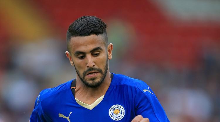 Mahrez extends Leicester deal