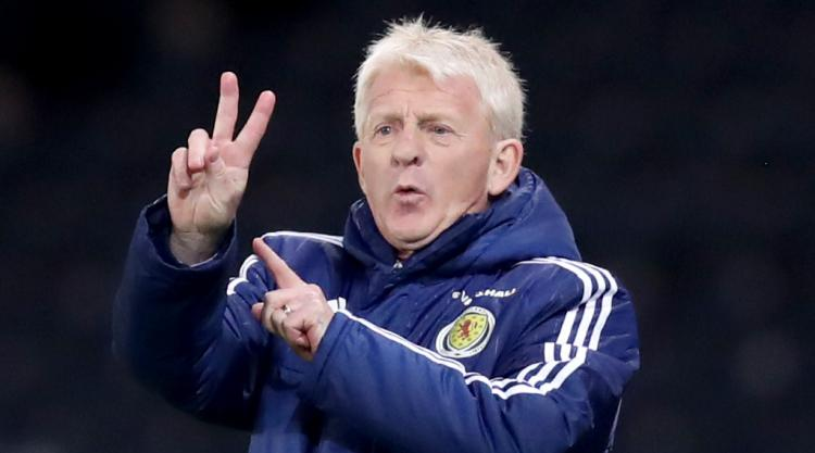 Fans who booed Chris Martin don't understand football, says Gordon Strachan