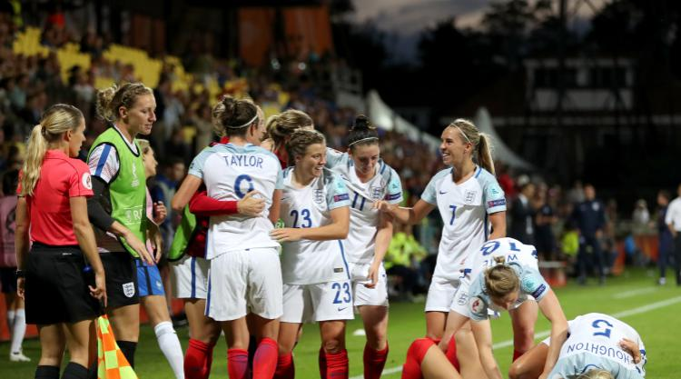 Nikita Parris 'absorbing everything' at Euro 2017 ahead of France showdown