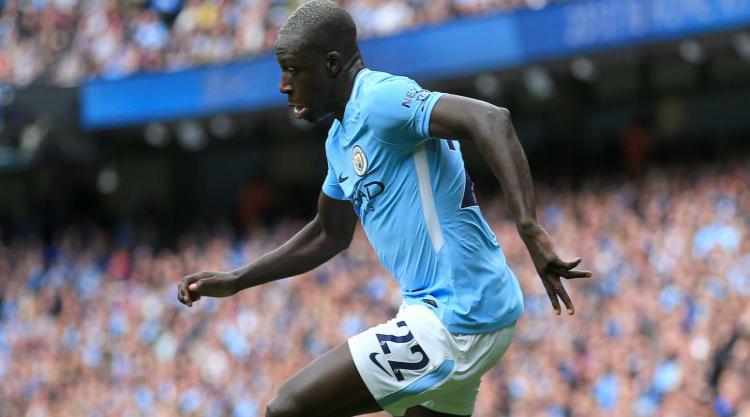 Benjamin Mendy to have surgery on ruptured knee ligament