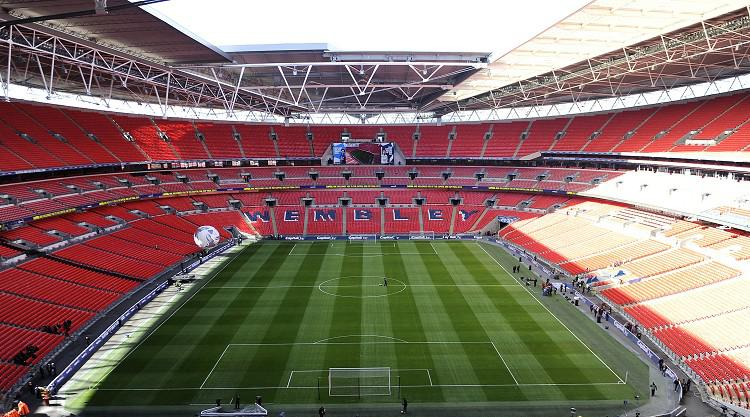 Arsenal V Aston Villa at Wembley Stadium : LIVE