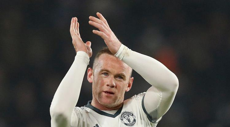 Rooney ready to quit United for China, City and Everton eyeing Arsenal star