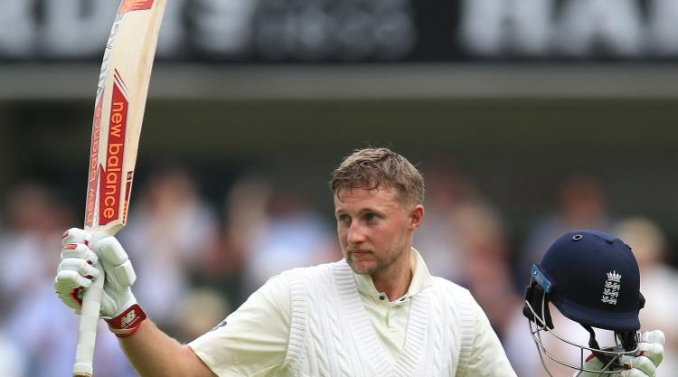 Elgar firm but South Africa lose Kuhn and Amla