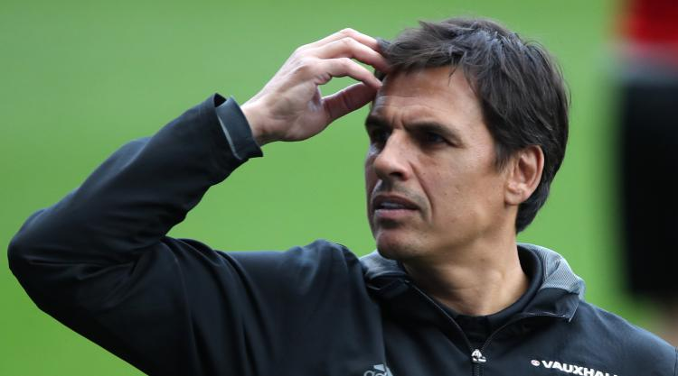 Wales players urge Coleman to stay on