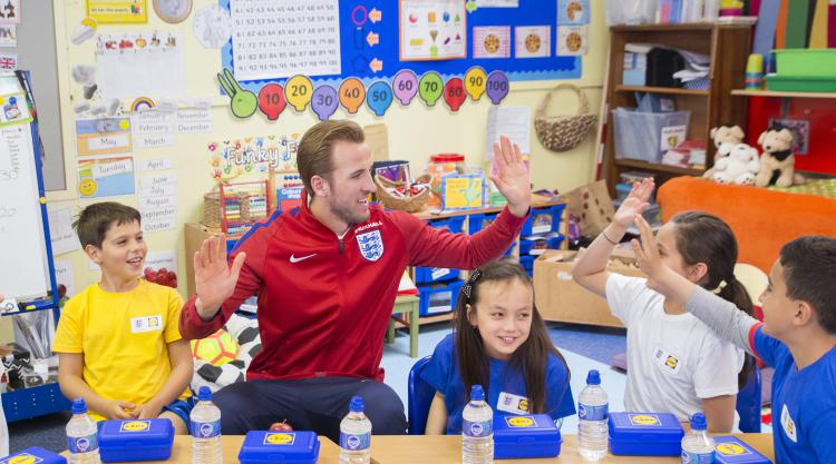 Harry Kane: I can take Wayne Rooney's place as England captain