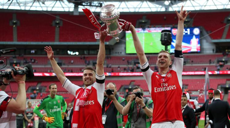 Wenger collects 7th FA Cup trophy