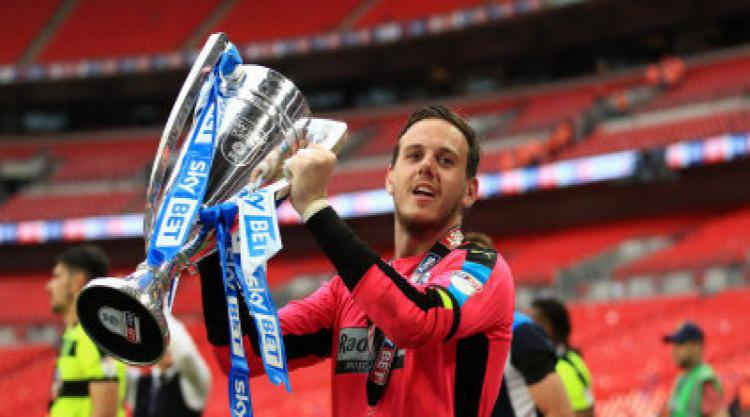 Keeper Danny Ward hopes to extend his stay at Huddersfield
