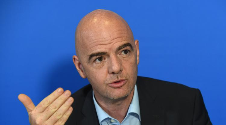 Ousted FIFA official set to testify to British legislators