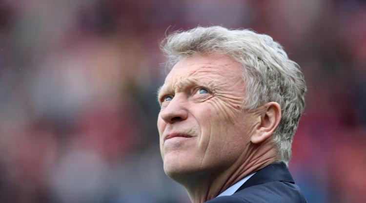 Football Association charge Sunderland boss Moyes over inappropriate comments