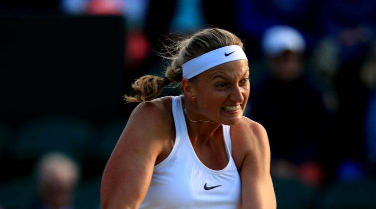 Petra Kvitova back in training after recovering from knife attack injury, video
