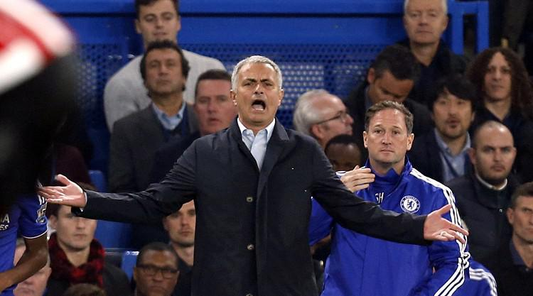 Mourinho challenges Chelsea to sack him over poor start