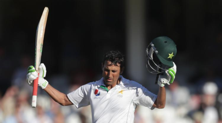 Younis Khan becomes first Pakistan batsman to 10000 Test runs