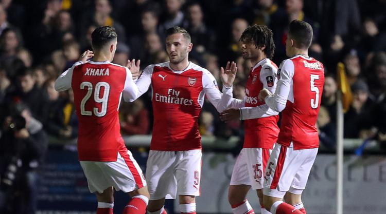 Perez happy to be finding his feet at Arsenal