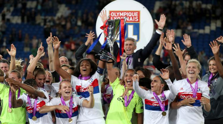 Buchanan becomes first Canadian to lift Champions League trophy as Lyon wins