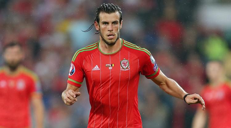 Gareth Bale can deal with rough treatment, says Wales boss Chris Coleman