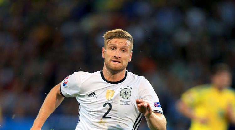 Arsenal complete deal for Valencia defender Shkodran Mustafi
